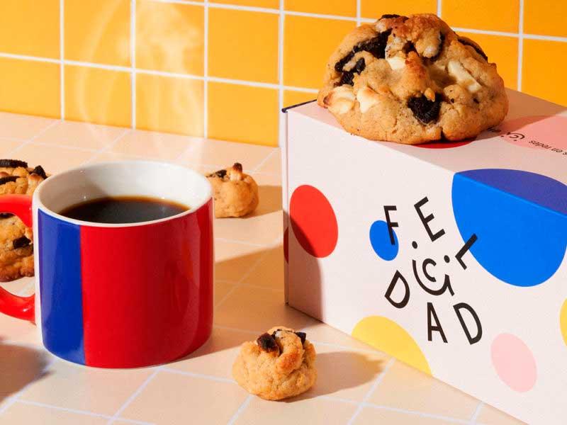 galletas y café con diseño